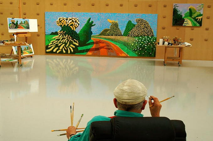 david_hockney_in_studio