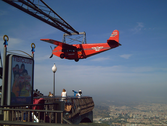 Tibidabo Amusement Park, Barcelona: Airplane