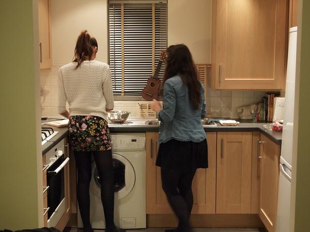 Kitchen chicks
