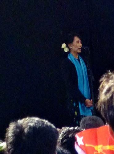 Aung San Suu Kyi by ausfi