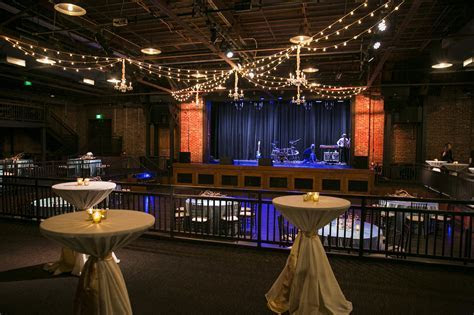 An Iron City Birmingham Reception   Decor To Adore