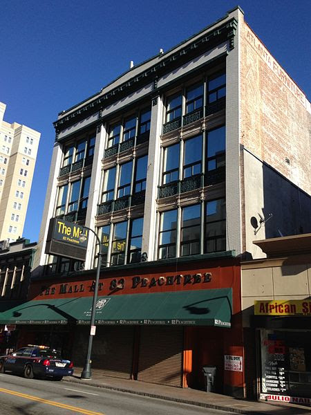 File:82 Peachtree (formerly 52-54-56 Whitehall, Rich's 1906 building), Atlanta.JPG