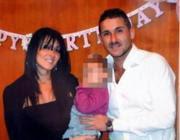 Melania Carmela Rea e Salvatore Parolisi con la bimba (Ansa)