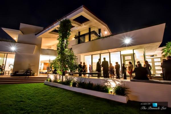 Elegant interior and exterior living spaces provide abundant opportunities for entertaining.