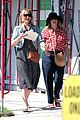 drew barrymore helps cameron diaz shop for new furniture 01