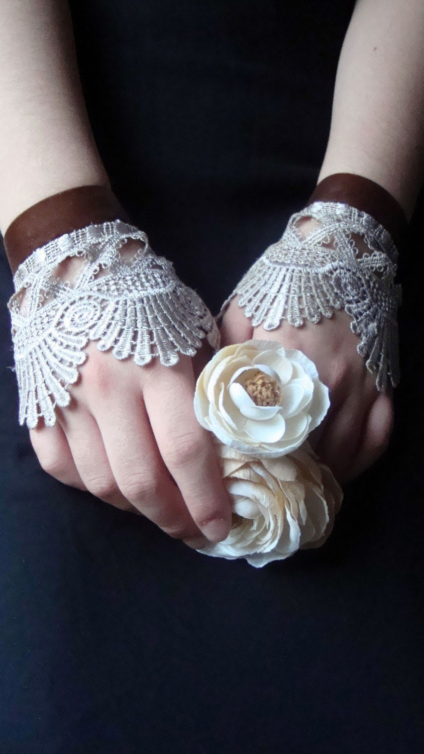 Parisian Love Affair .-. Sophisticated Lady Cufflets .-. Vintage Dream Inspired . Limited Edition . Original Sakura Couture Collection