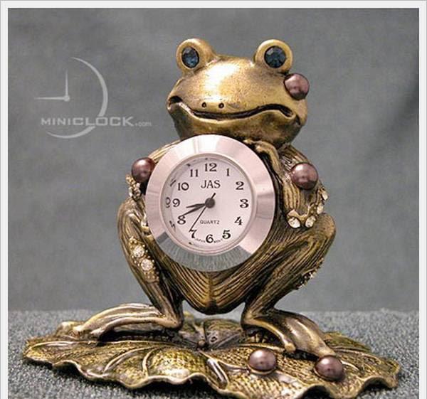 Unusual mini Clocks