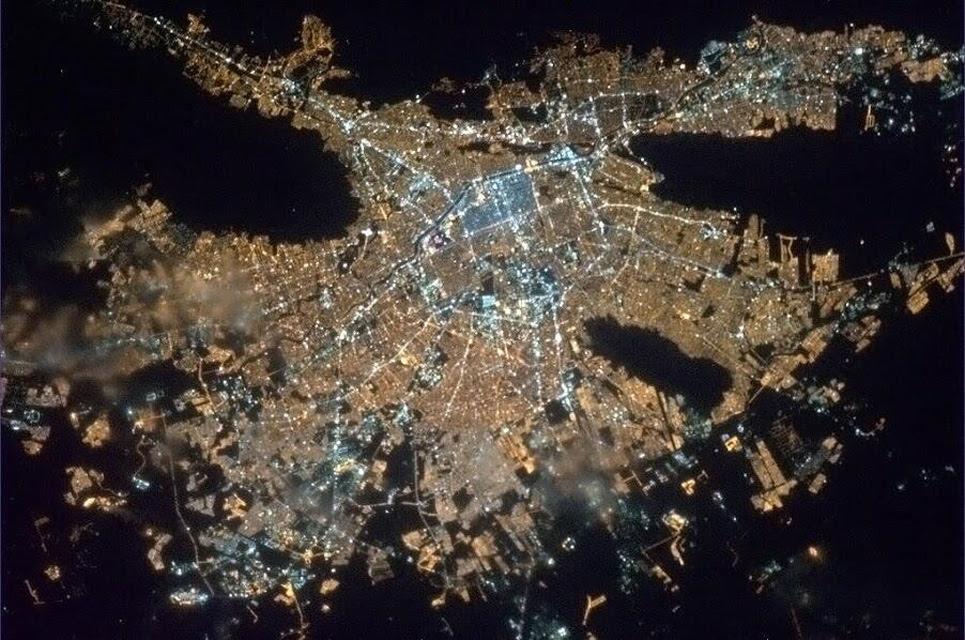Monterrey. Foto Cmdr_Hadfield