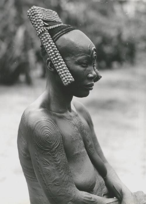 Africa | Bakutu Women - Belgium Congo | Photographer C. Lamote - Ivy's Albums, ca. 1940