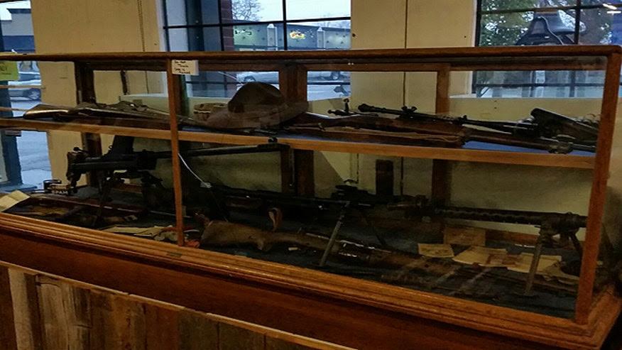museum guns1.jpg