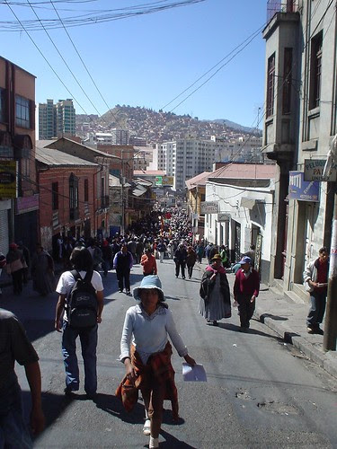 La Paz march (probably away from the tear gas)
