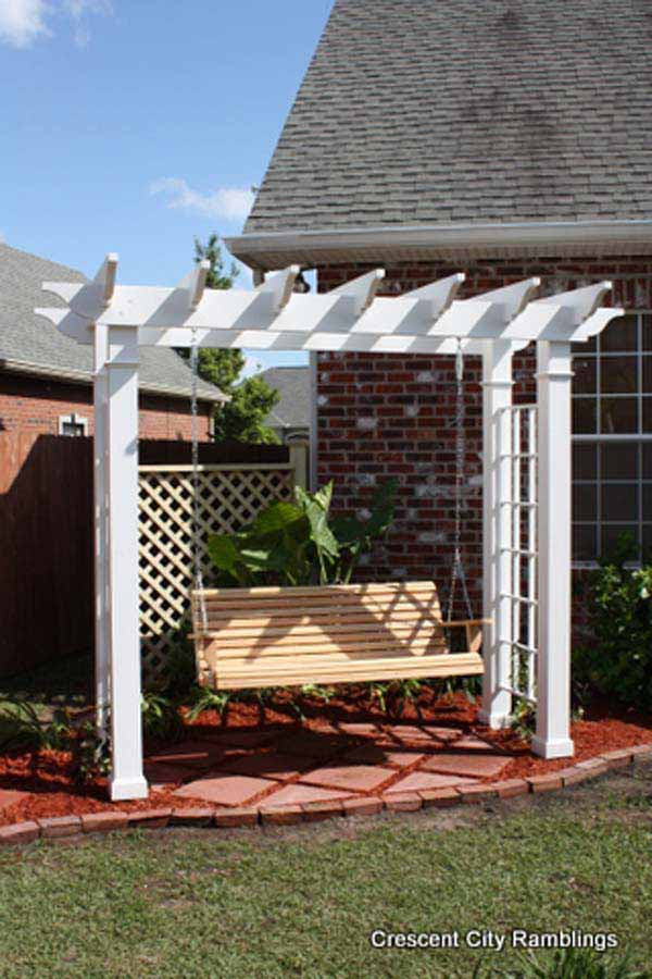 DIY-Backyard-Pergola-WooHome-22