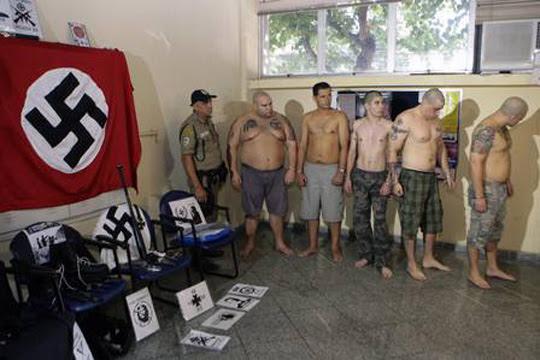 Grupo que atacou o natalense detido e os artefatos nazistas