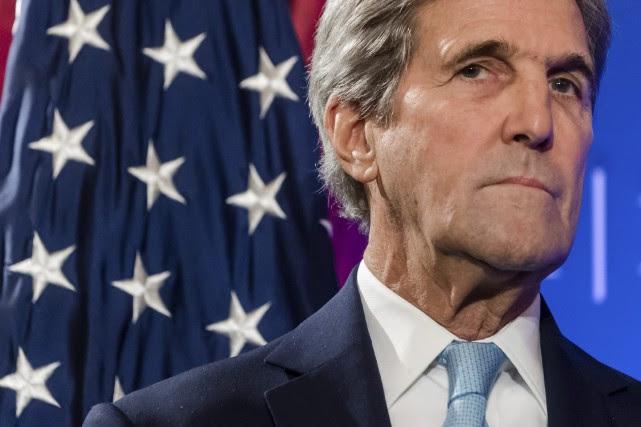 L'ex-secrétaire d'État John Kerry... (Photo Geert Vanden Wijngaert, archives AP)