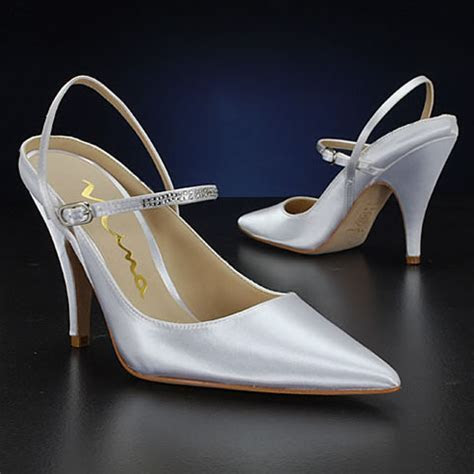 Cheap but beautiful wedding shoes   Weddings Engagement