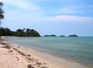 Tempat Wisata Batam, Pantai Melur