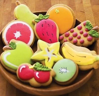 biscotti nocciolati glassati,biscotti,biscotti alle nocciole,biscotti glassati,ricetta biscotti,ricetta dolci,dolci facili,