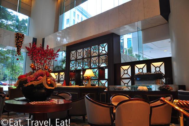 Island Shangri-La Lobby Lounge