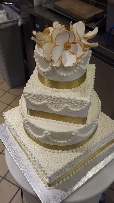 Publix GreenWise Wedding Cake. Hyde Park; Tampa, FL