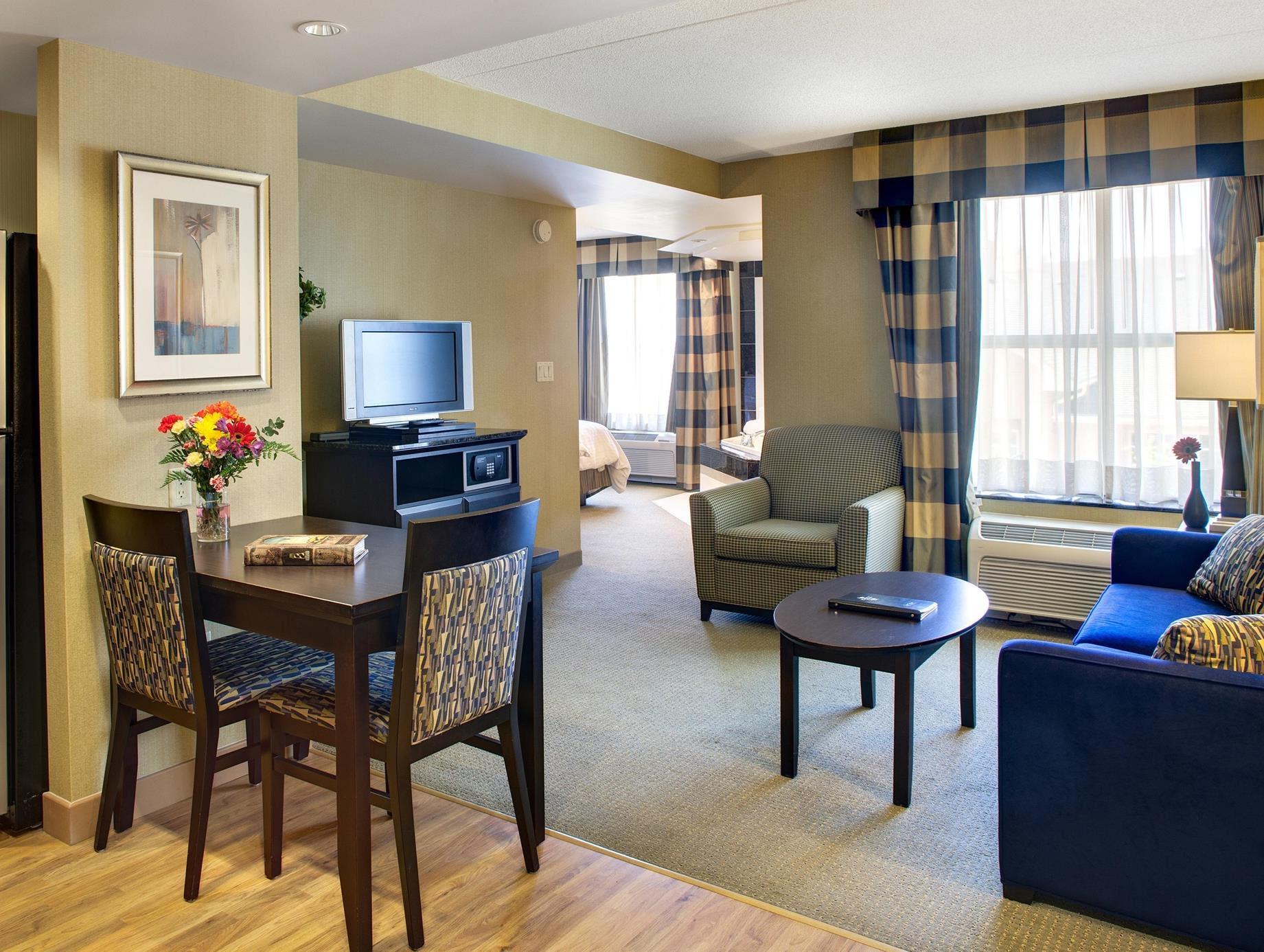 Price Homewood Suites by Hilton London Ontario