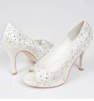 Wedding Shoe Ideas   UKbride
