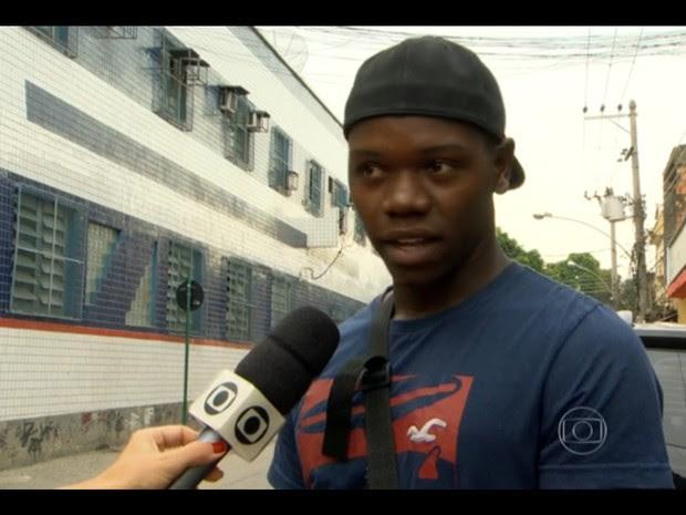 Chauan Jambre Cezário foi baleado por PMs na Favela da Palmeirinha (Foto: Reprodução/TV Globo)