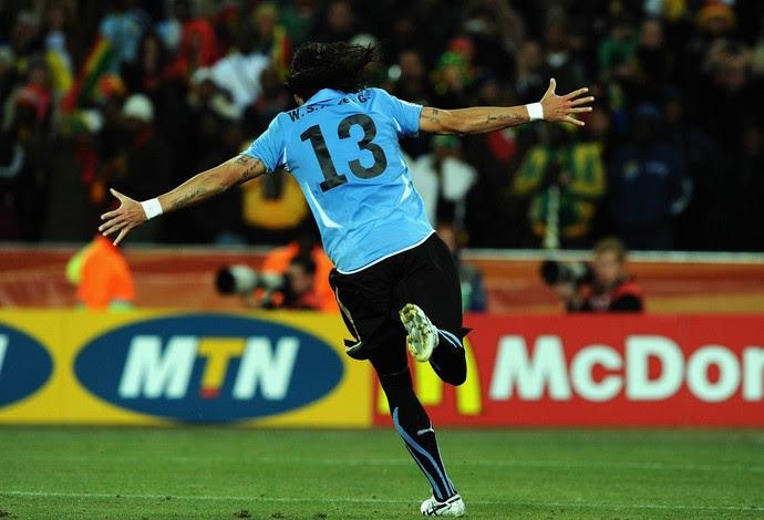 """Loco Abreu diz que jogar com a camisa celeste é """"o mais lindo"""" (Foto: Stanley Chou/GettyImages)"""