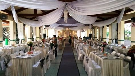 What do Singaporeans think of the Malay wedding under the