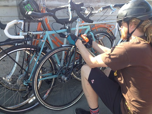 volker locking bike piles