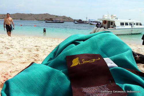 blue-lagu-beach-blanket.jpg