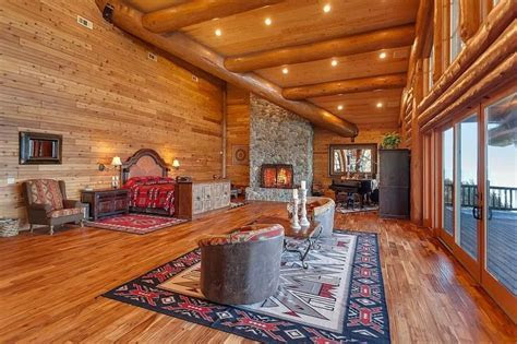 25  best ideas about Barn Loft on Pinterest   Loft spaces