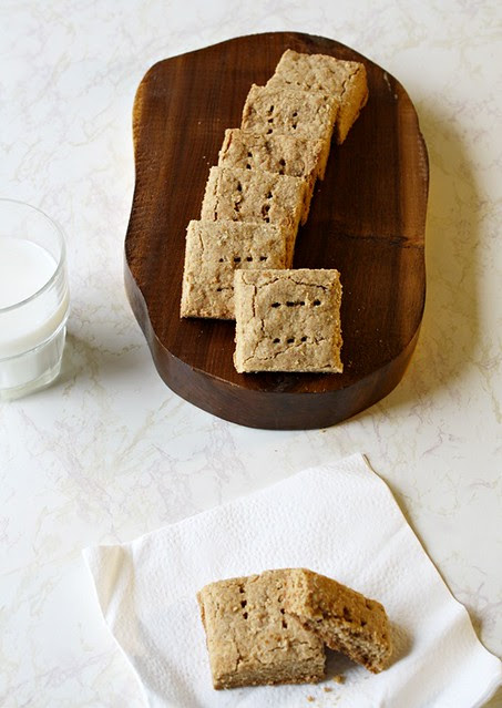 Whole Wheat Almond Butter Shortbread