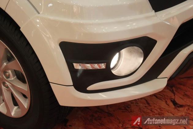 2015-Daihatsu Terios-DRL