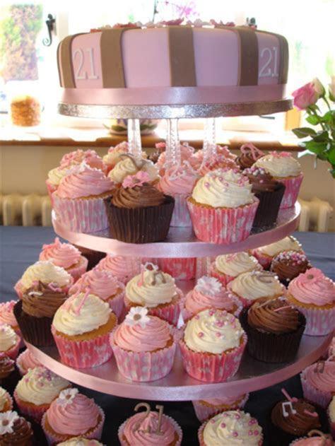 GALLERY   Vermontier Wedding Cakes   Gloucestershire