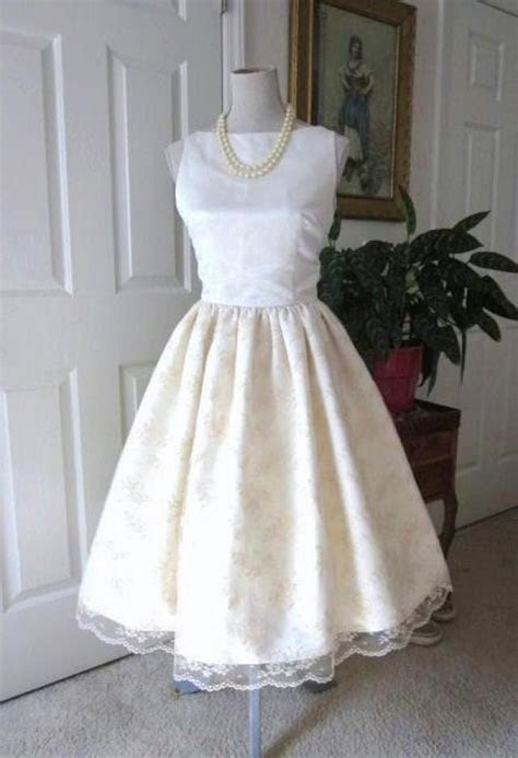 WEDDING DRESS 1960s Inspired Satin Lace Classic Bridal