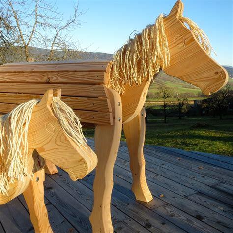 holzpferd klein kindergarten spielplatz bayerwald pony