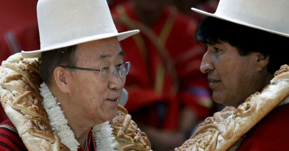 """""""Caring for Mother Earth is a moral issue,"""" UN Secretary-General Ban ki-Moon (left) told the World People's Conference on Saturday. """"We must change how we use Mother Earth's resources, and live in a manner that is sustainable."""" Here, he is pictured with Bolivian President Evo Morales. (Photo: Reuters)"""