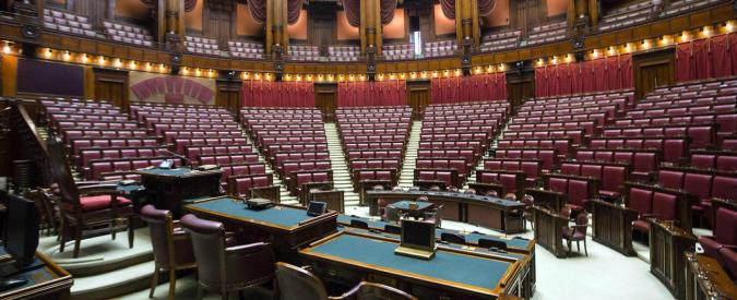 Movimento 5 stelle notizie parlamento i redditi grasso for Parlamento 5 stelle