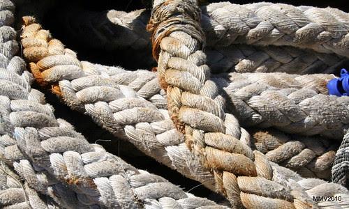 Maromas, cabos, amarras
