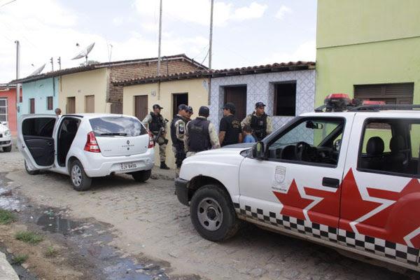 Policiais Militares participaram da operação junto à Polícia Civil em Nova Cruz
