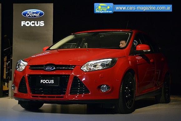 Ford focus radio ausbauen