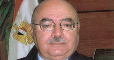 الدكتور مصطفى كمال رئيس جامعة أسيوط