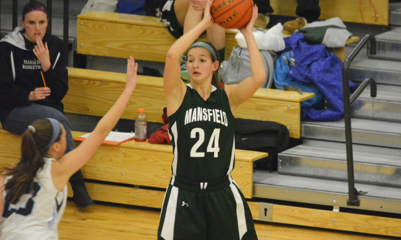 Jackie Carchedi (24) scored eight of her nine points in the fourth quarter to help the Hornets escape with a win and stay unbeaten in the league. (Josh Perry/HockomockSports.com)