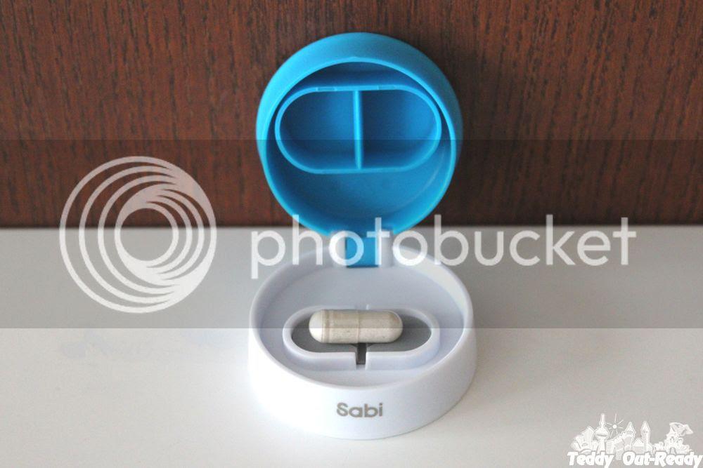 Sabi CHOP Minimal effort pill cutter