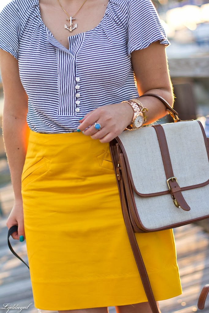 yellow pencil skirt-2.jpg