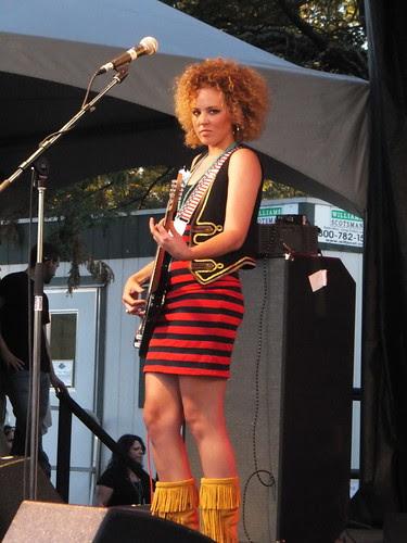 Girls With Guitars at Ottawa Bluesfest 2011