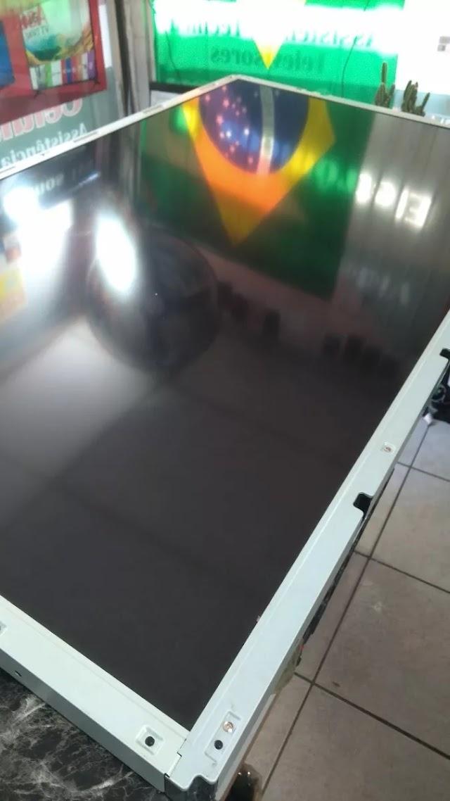 Tela Display Tv LG Lcd 47ld460 Original Semi Novo