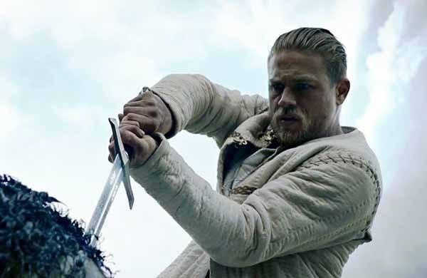 'Rei Arthur: A Lenda da Espada' (2017) (Foto: Divulgação)