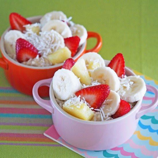 Banana, Strawberry & Pineapple Oats