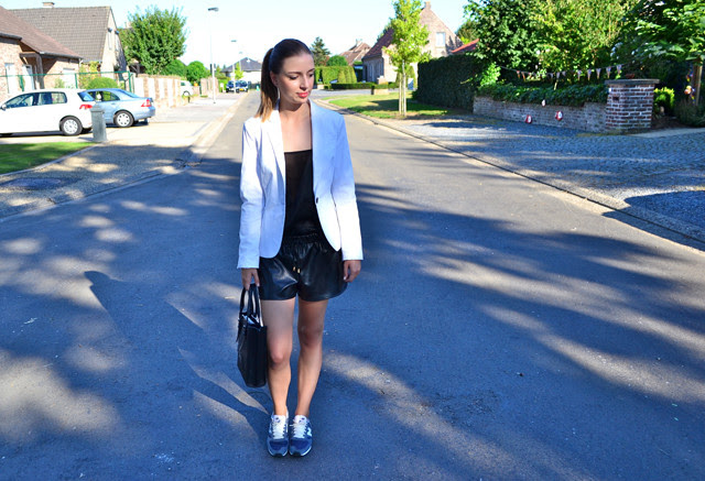how to be chic classy and sportive zara white blazer asos sheer panel top celine inspired river island mesh perforated leather shorts new balance sneakers 420 asos outfit outfitpost inspiration fashion blogger belgium turn it inside out